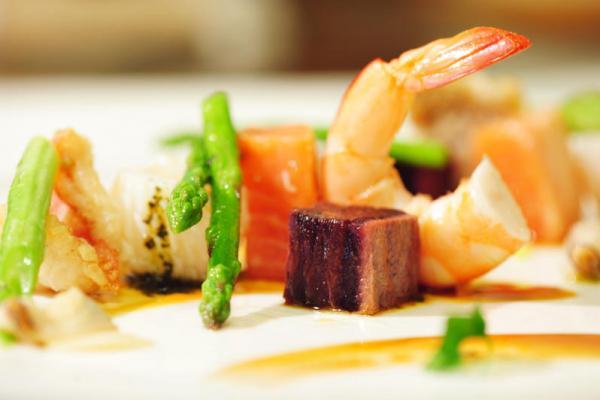 菜市場裡的大廚(九):摸摸你的魚 / 季節海鮮盤