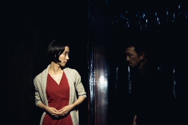 愛情常態|抱著我,你就是我的——窮劇場《七種靜默:饕餮》