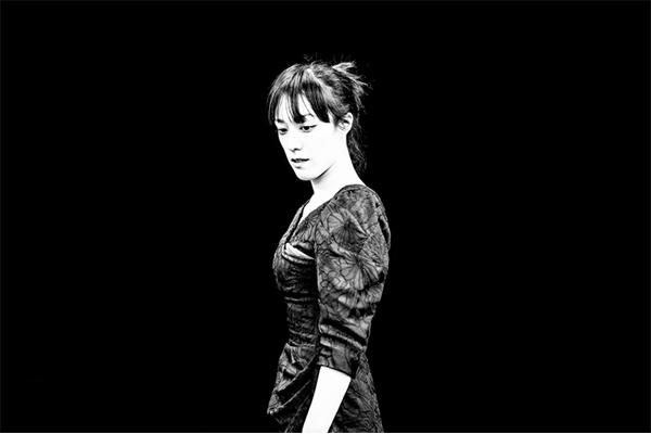將赤裸暴力砸到臉上──「撲面戲劇」(四):《費德拉之愛》在台灣,導演陳仕瑛專訪