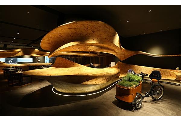 山本征治主廚、江振誠主廚蟬聯入選 2017 年 S.Pellegrino 亞洲最佳五十餐廳,兩大團隊四家餐廳再度閃耀亞洲