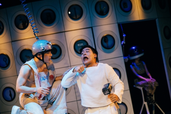 劇場迴圈 科幻黑色喜劇,楊景翔演劇團《前進吧!方舟》