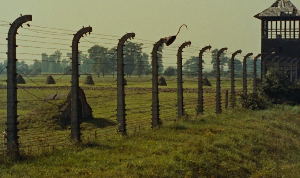 雷奈《夜與霧》:故意的遺忘是一種暴力|藍祖蔚
