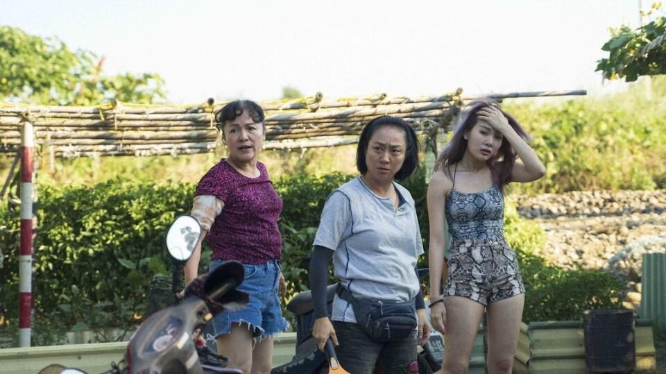 打手槍和包水餃,都是手活——李宜珊《手事業》,女性勞動者的日常