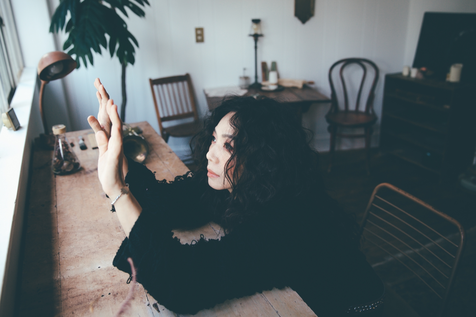 專訪 萬芳 阿茲海默 練習失去 冷鋒過境 收信快樂